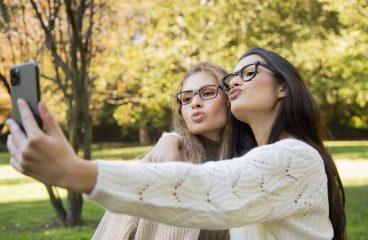 How to buy eyewear online with SmartBuyGlasses